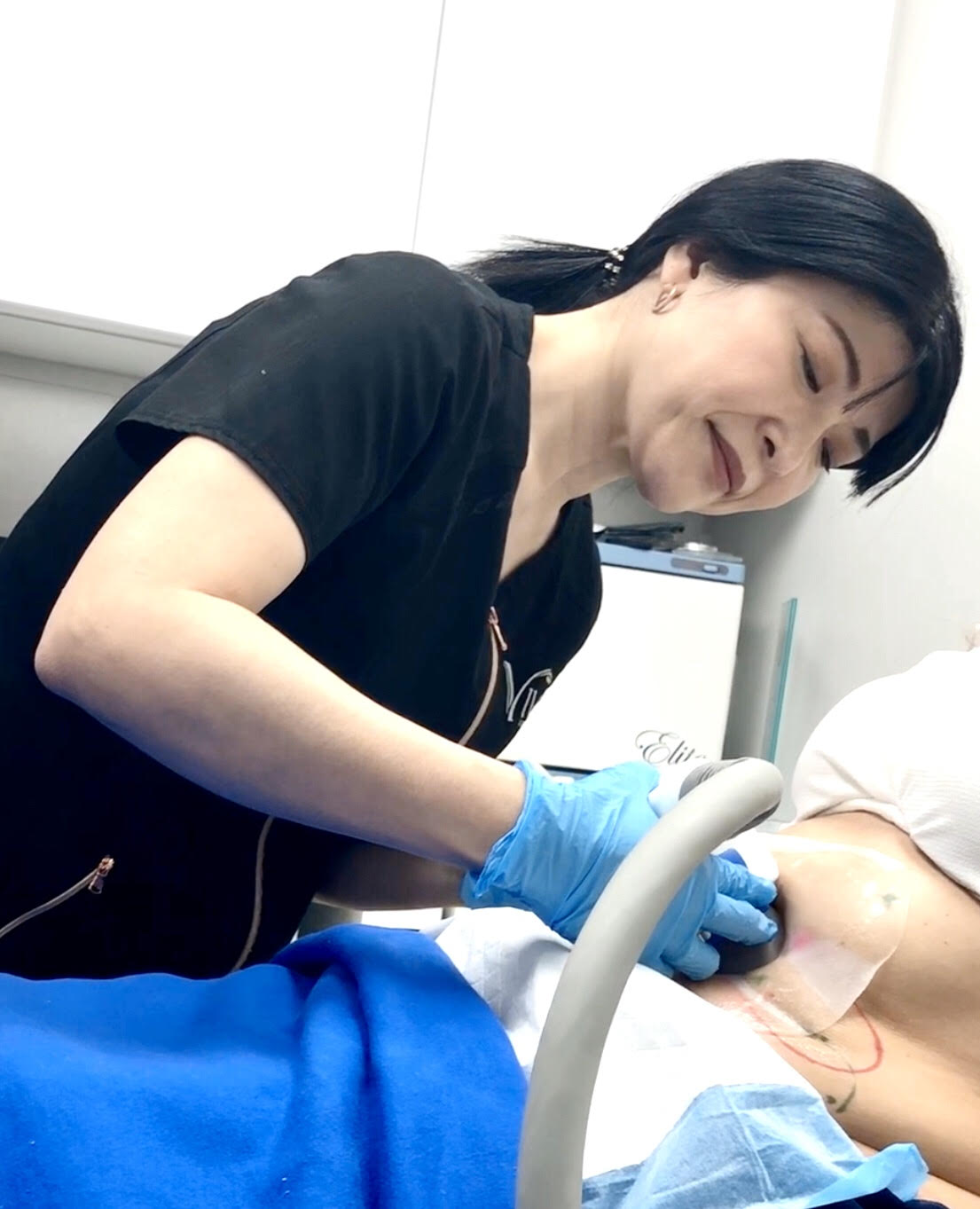 performing CoolSculpting, Skin Tightening in Calgary